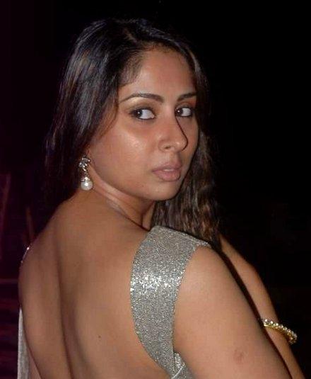 Sangeeta Ghosh To Learn Marathi From Sulabha Deshpande