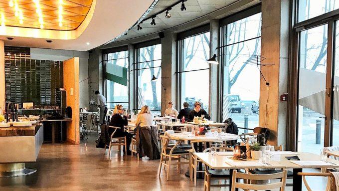11 Hamburger PromiRestaurants  Mit Vergngen Hamburg
