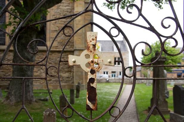 Kreuz Eingangstor Kirche Royal Dornoch