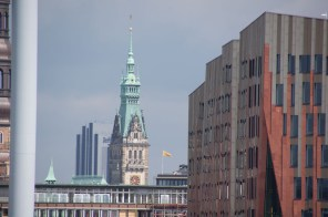 Rathausturm und Blue Radison Hotel- Tower of Town Hall and Blue Radison Hotel