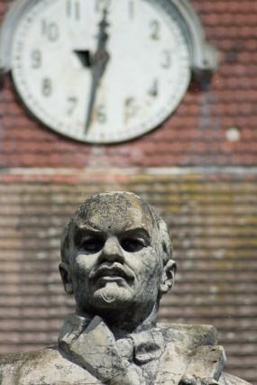 Lenin vor dem Haus der Offiziere in Wünsdorf