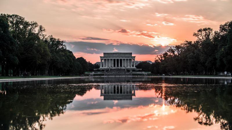 Stephen E. Strang for American Thinker: Evangelicals and Washington