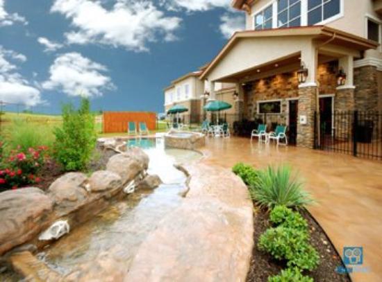 The Inn Swimming pool