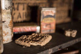Cabin bread