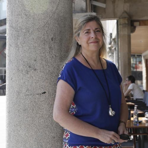 Beatriz Hernanz, la niña tatuada de poemas