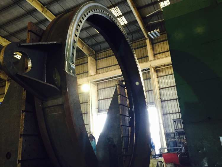 Giant steel ring be machined at Hammer Haag