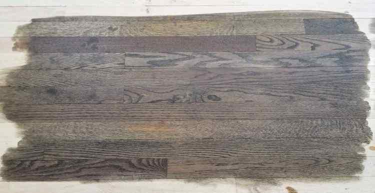 choosing the best farmhouse style floor stain