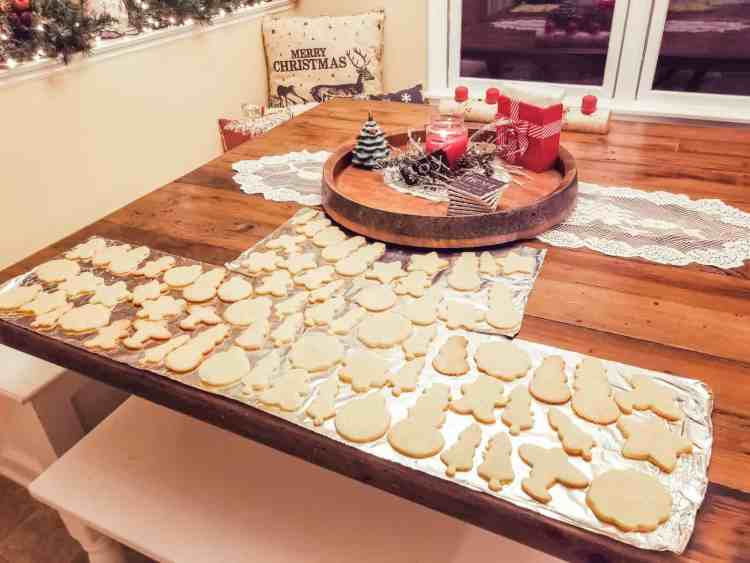 How to Start a Family Christmas Cookie Night Tradition