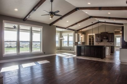 Eagles Glide Family Room and Kitchen