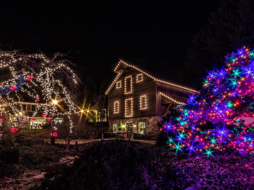 Lights at Peddler's Village in Ne Hope