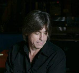Howard Laravea