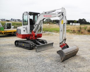 Mini pelle 3 tonnes Takeuchi