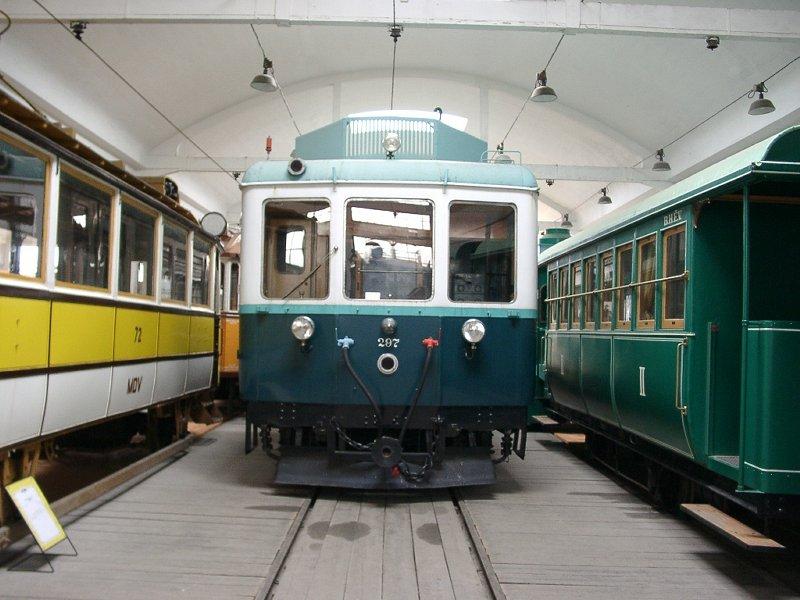 A szentendrei jármű-múzeumban látható egykori ACsEV-jármű, mely később a csepeli HÉV-vonalon járt.
