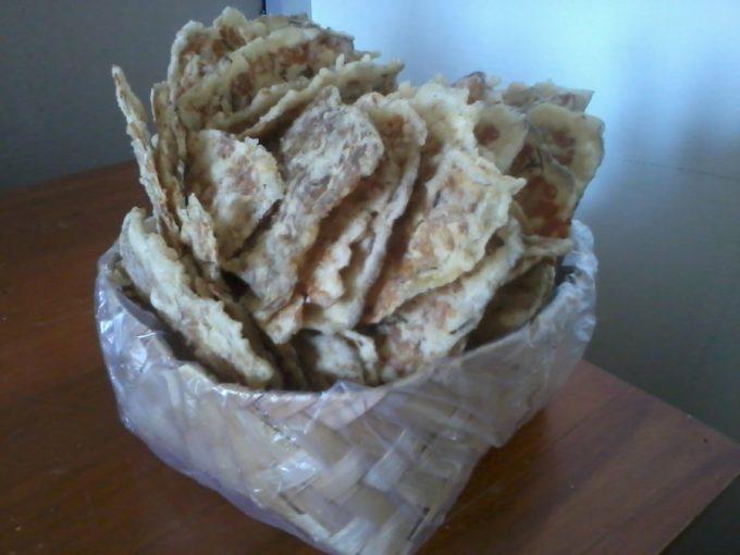 kripik tempe makanan khas trenggalek