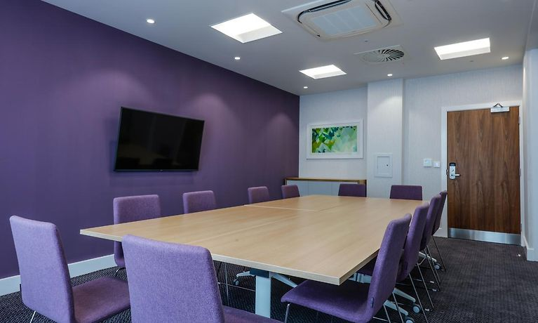 Hampton By Hilton Exeter Airport Hotel Exeter Room Rates