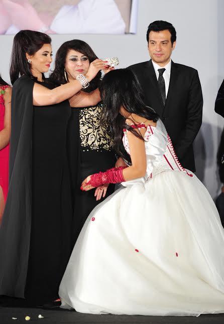 تتويج زليخة لملكة جمال المغرب
