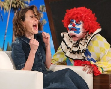 Ellen Ups Her Scare Game for 'AHS: Cult' Star Sarah Paulson - ellen ups her scare game for ahs cult star sarah paulson