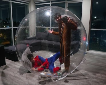 24 HOUR OVERNIGHT IN GIANT BUBBLE BALL! (INTENSE) - 24 hour overnight in giant bubble ball intense