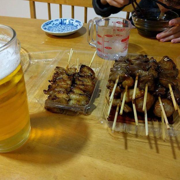 嬉しいことがあったので、今日の晩酌は 焼き鳥パーティーです。(^^)v 夢を実現出来たムスメに乾杯です! お世話になった皆さんに超感謝の314です。