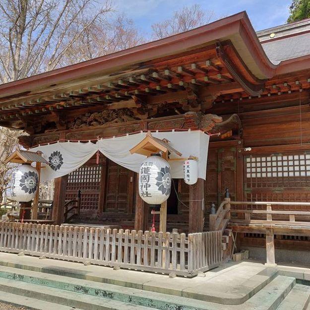 いろんな解釈あって当然ですが、護国神社が賑やかっていうのも悪くないと思うな。