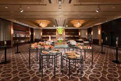 Banquet Hilton Tokyo Odaiba (3.2)