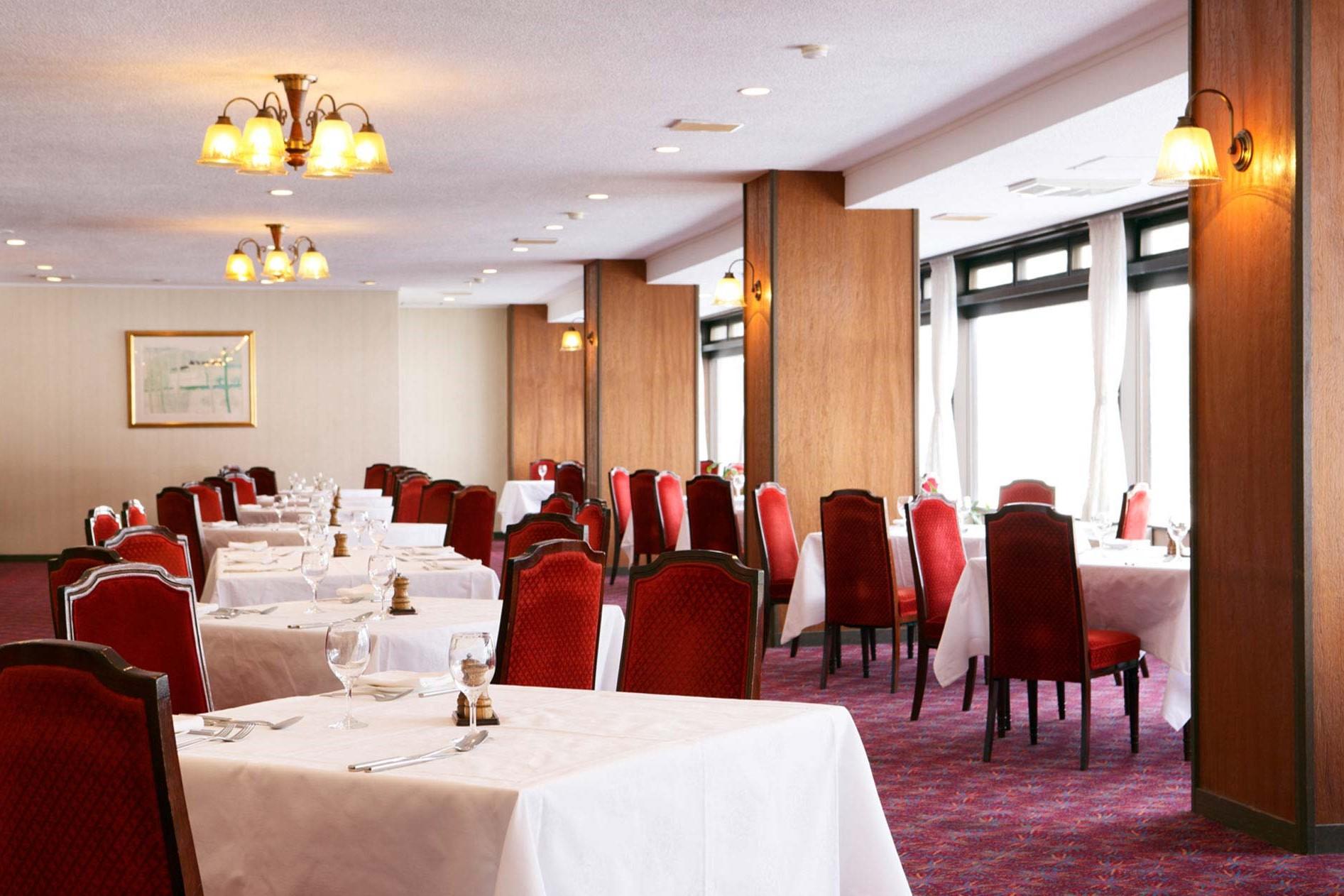 Manza Prince Hotel-restaurant (T) (3.2)