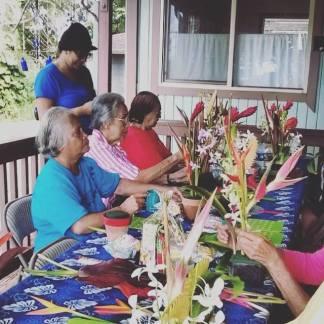 Hale Hulu Mamo flower arranging