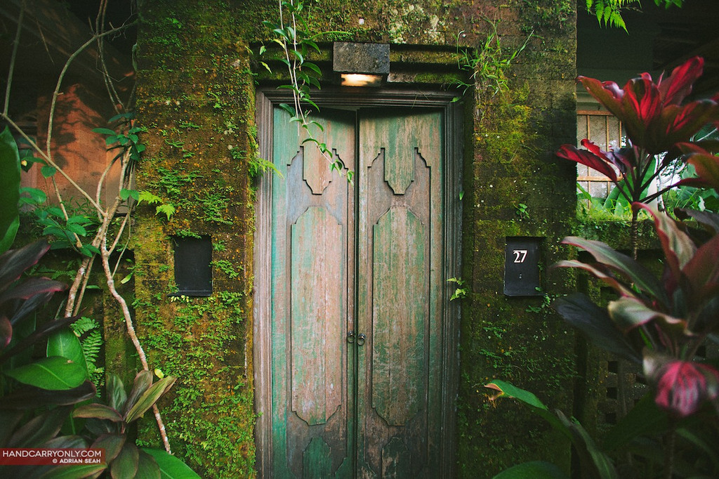 doorway uma ubud