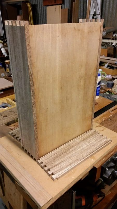 Checking width of base piece for the box/case