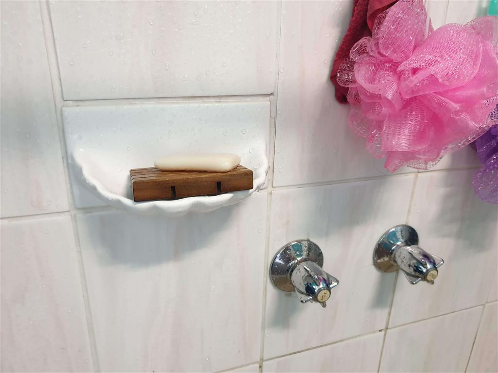 soap-holder-in-shower-soap-dish-after-3-years-use