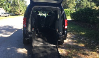 2015 Dodge Grand Caravan Rear Entry Wheelchair Van