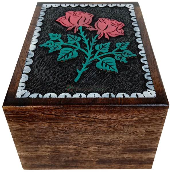 flower engraving urns