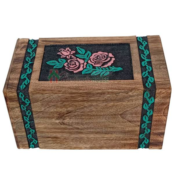 wooden urns for ashes