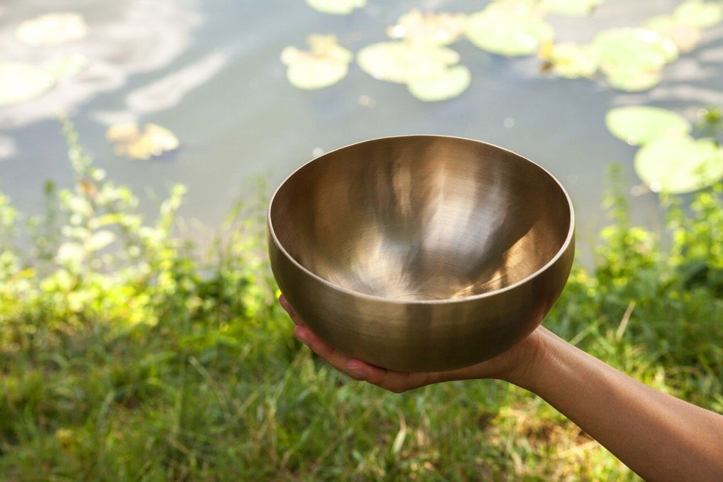 7 Types of Singing Bowl Chakras: Balancing Explained 1