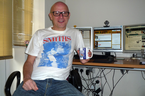 Frank J. Wilson - The Smiths - Wear your old band t-shirt to work day V