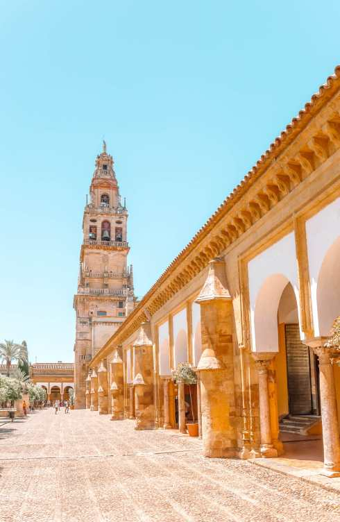 Best Cities In Spain To Visit (6)