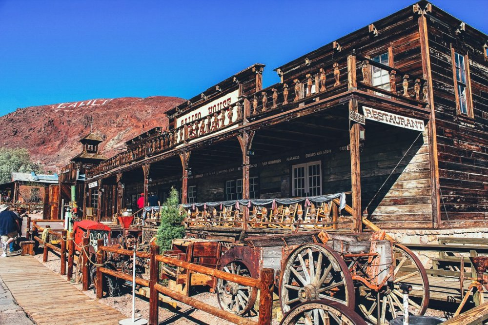 A trip to Calico Ghost Town... (3)
