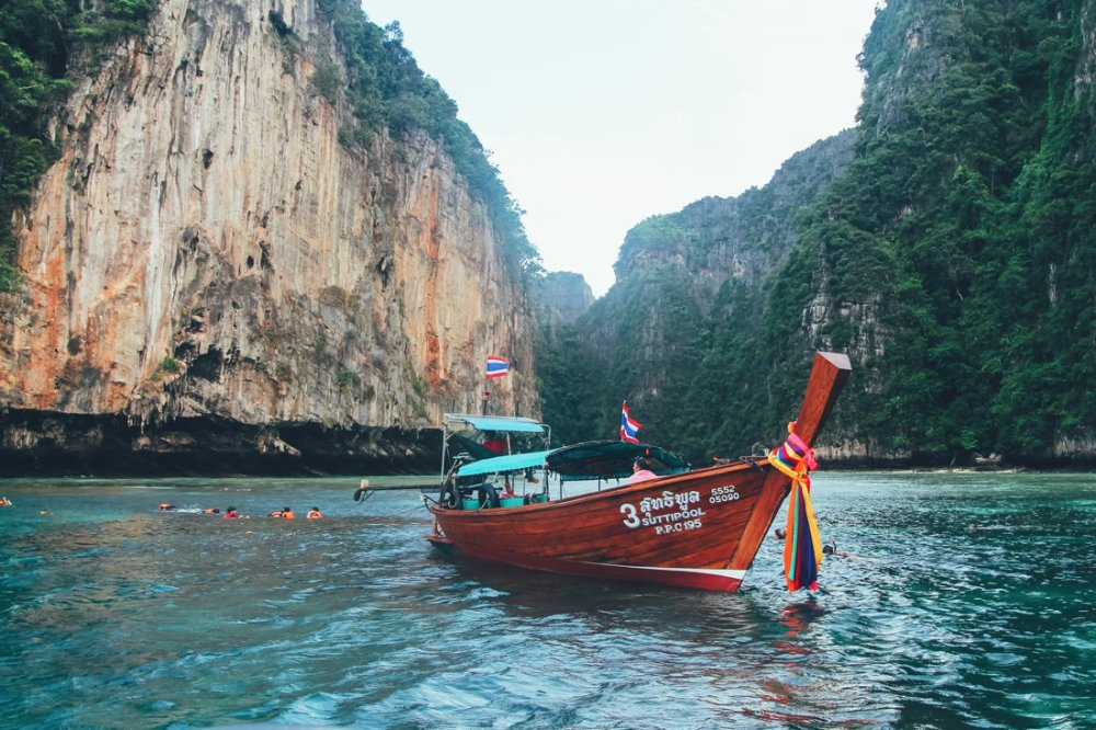 7 Places To Explore When You Visit Phi Phil Islands in Thailand! (8)