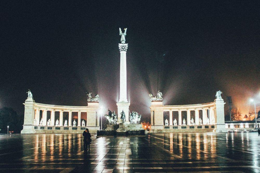 Budapest at Night! (17)