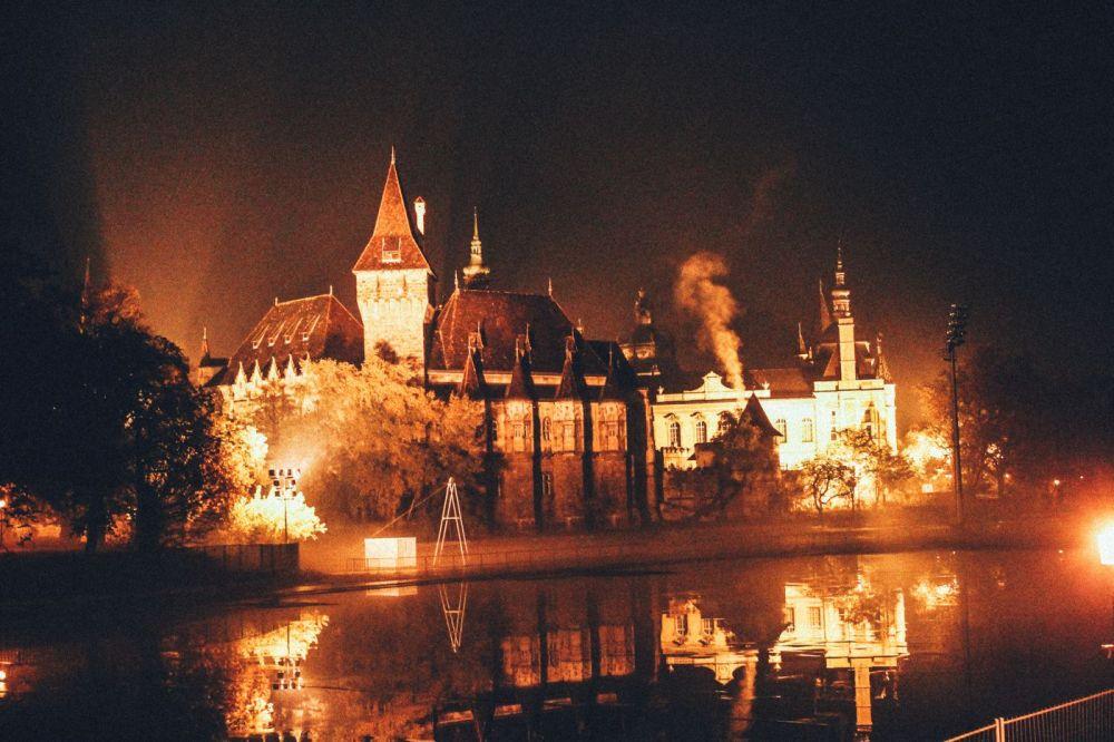 Budapest at Night! (23)