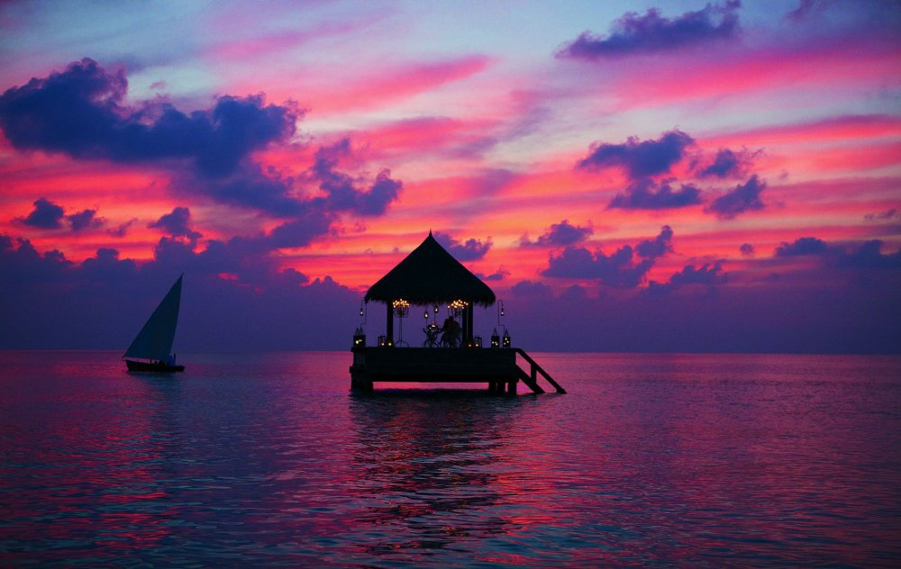 The 16 Best Places In The World To Watch The Sunset! (8)