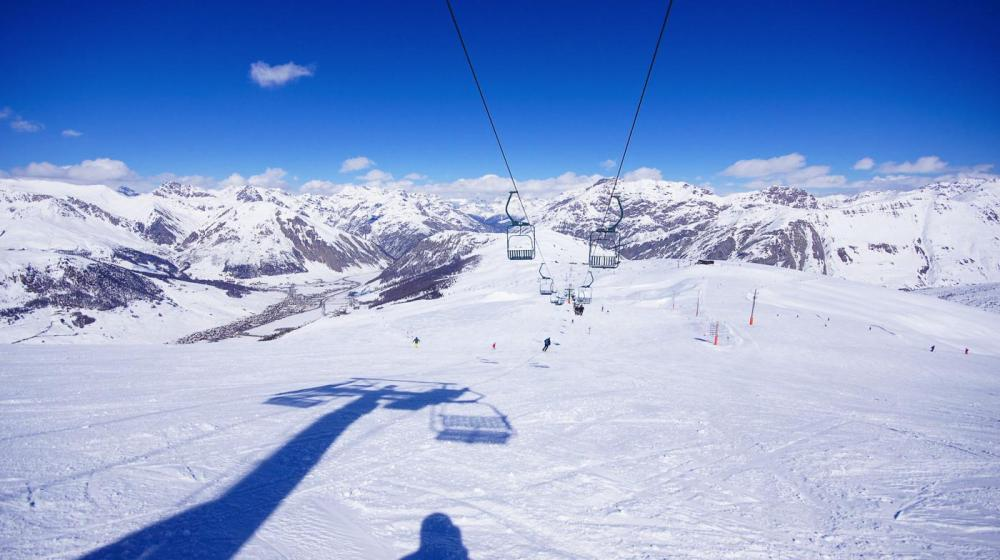 The 10 Best Places To Go On A Skiing Holiday! (4)