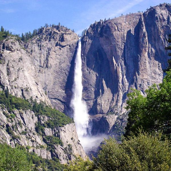14 Amazing Waterfalls Around The World You Have To Travel To See! (14)