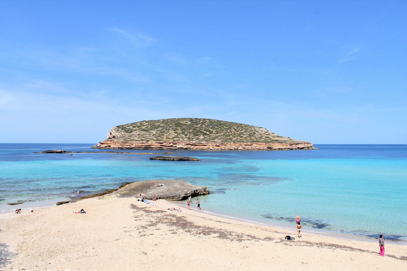 Sunny Beaches, Blue Seas, Glowing Spanish Sunsets And Delicious Food.... The Ibiza Diaries! (2)