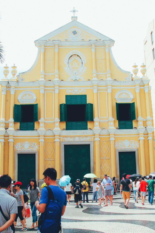 What Happens On An Impromptu Trip To Macau! (6)