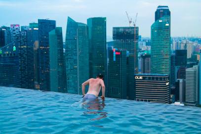 Yaya and Lloyd Travel Photos, Singapore, Marina Bay Sands, Vietnam, Ho Chi Minh City, Infinity Pool (1)