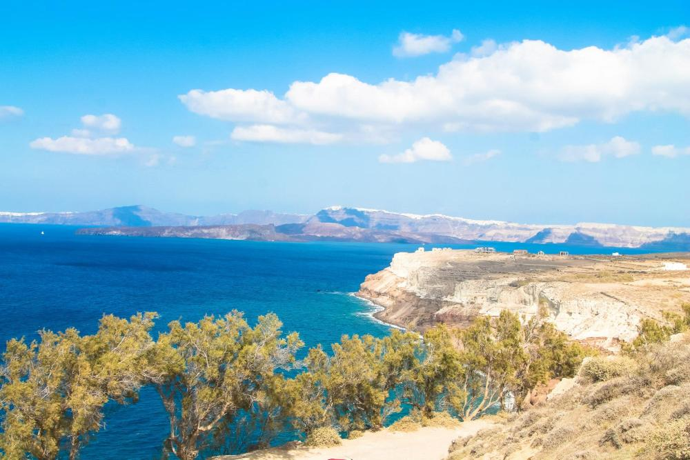This Is The Part Of Santorini No One Ever Tells You About But You Should Definitely Visit! (18)