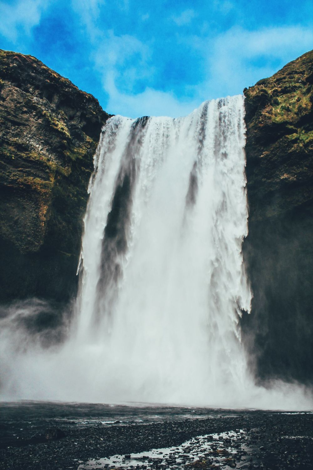 3 Amazing Waterfalls You Have To Visit In Southern Iceland + Plus A Tour Around Reykjavik (44)