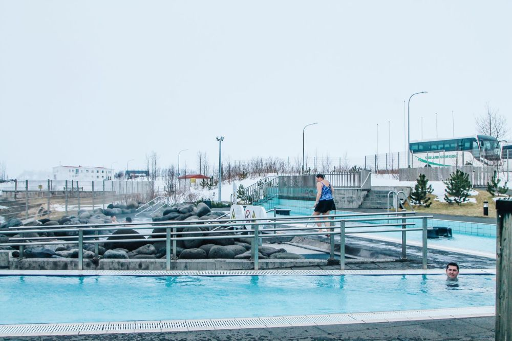 The 1st Day in The Land Of Fire and Ice - Iceland! Lava Baking, Geo-Thermal Pools & The Golden Circle (Part 1) (37)
