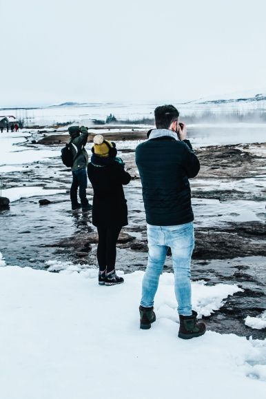 The 1st Day in The Land Of Fire and Ice - Iceland! Lava Baking, Geo-Thermal Pools And The Golden Circle (Part 2) (18)